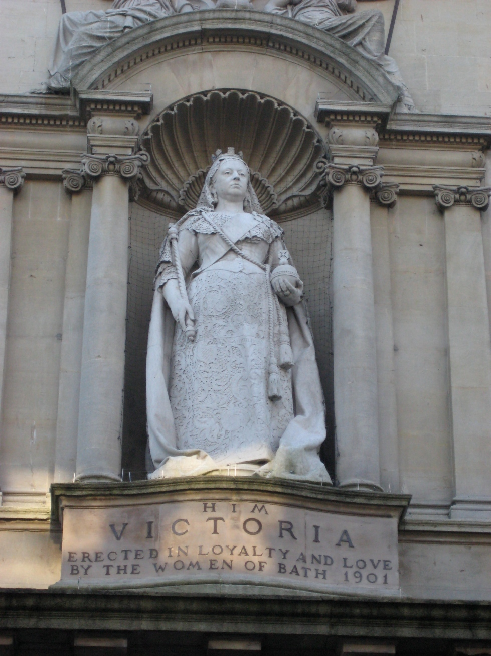 queen vic vag