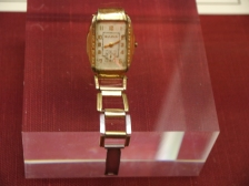 Clyde's broken wrist-watch.