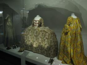 Georgian dresses at the Fashion Museum.