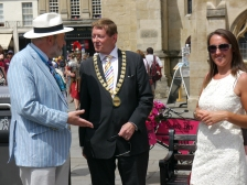 Stepehen Clews, Manager of the Roman Baths and Cllr Neil Butters who is Chairman of Bath and North East Somerset Council.