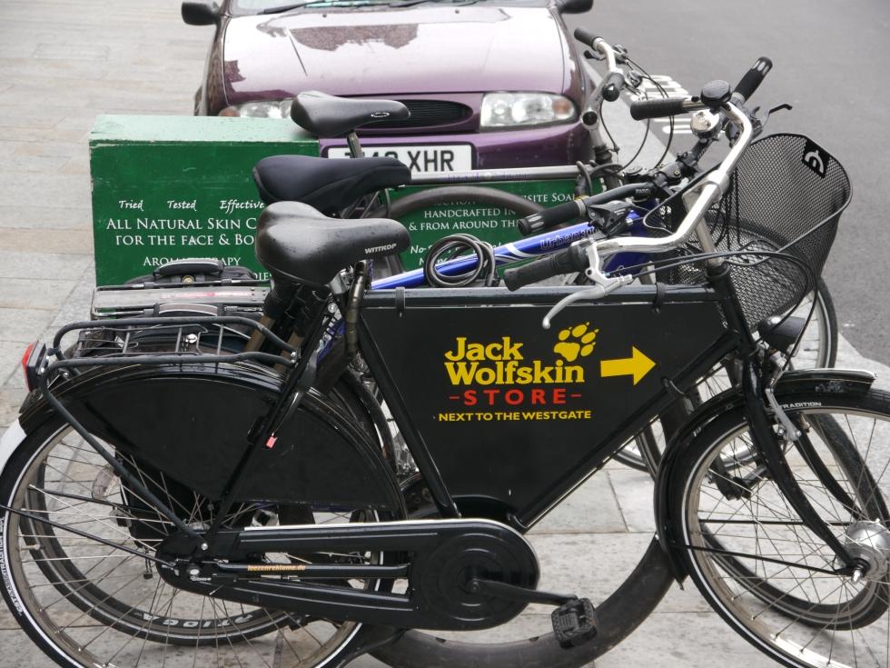 advert bikes