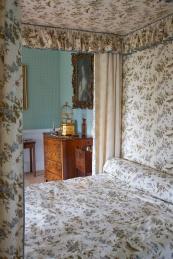 Restoring interiors