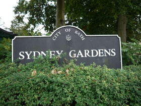 Sydney Gardens became a municipal park in 1909.