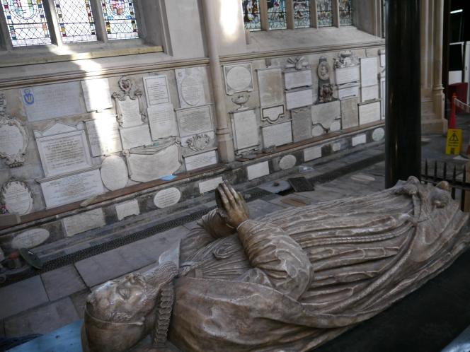 Bath Abbey's walls to tellall.