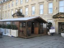 Pop-up Apres Ski outside the Abbey Hotel.