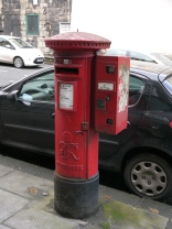 The pillar post-box on the London Road