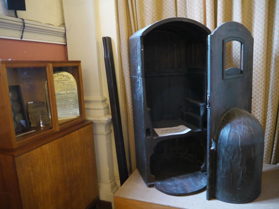 sedan chair