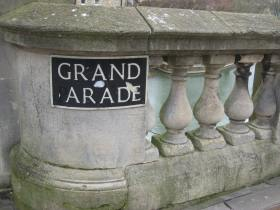 Original Grand 'artade' sign - missing the P