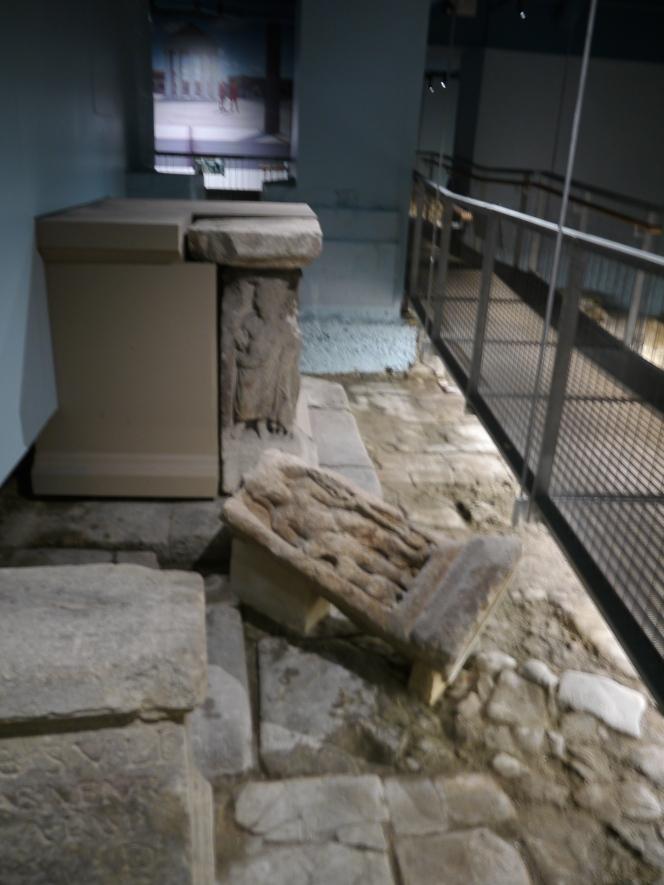 New Temple Precinct walkopens