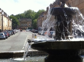 The Laura Place fountain looking down Great Pulteney Street to the Holburne Museum.