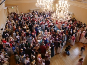 The winning 550 people - all in Regency dress!