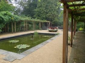 Peace and solitude in Henrietta Park