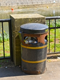 The terrible state of the rubbish bins.