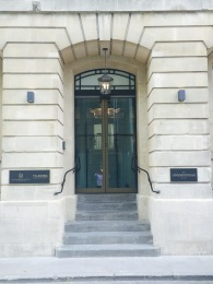 The main entrance in Beau Street.