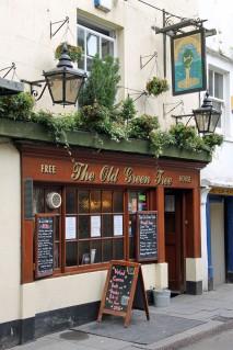 Old Bath pub voted 'Pub of theYear!