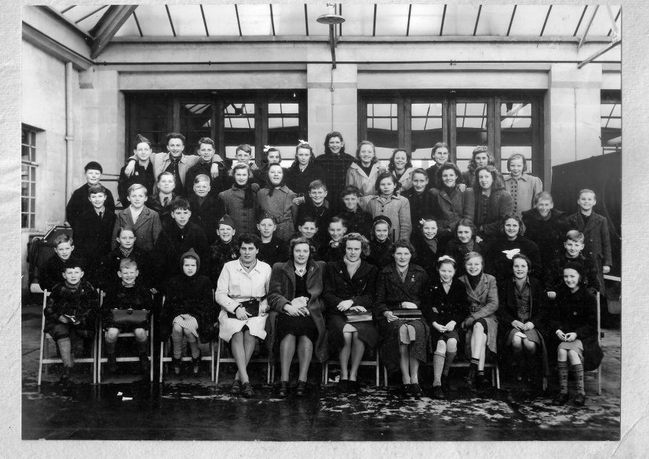 Alkmaar children in Bath 1945:46