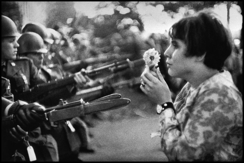 history-through-a-lens-marc-riboud-demonstration-against-the-vietnam-war-washington-dc-1967