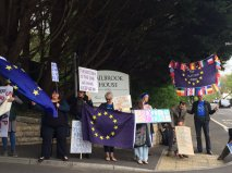 Pavement protest by Bath pro-Europe group.
